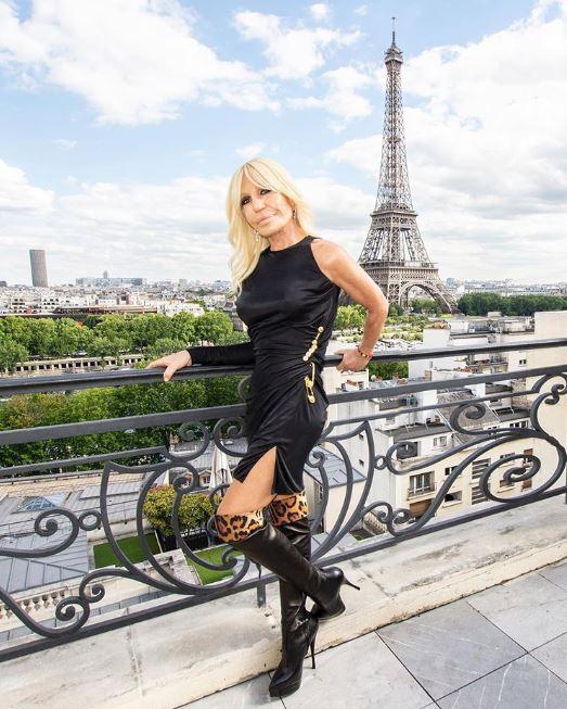 Donatella Versace ha sido la inspiración de infinidad de artistas