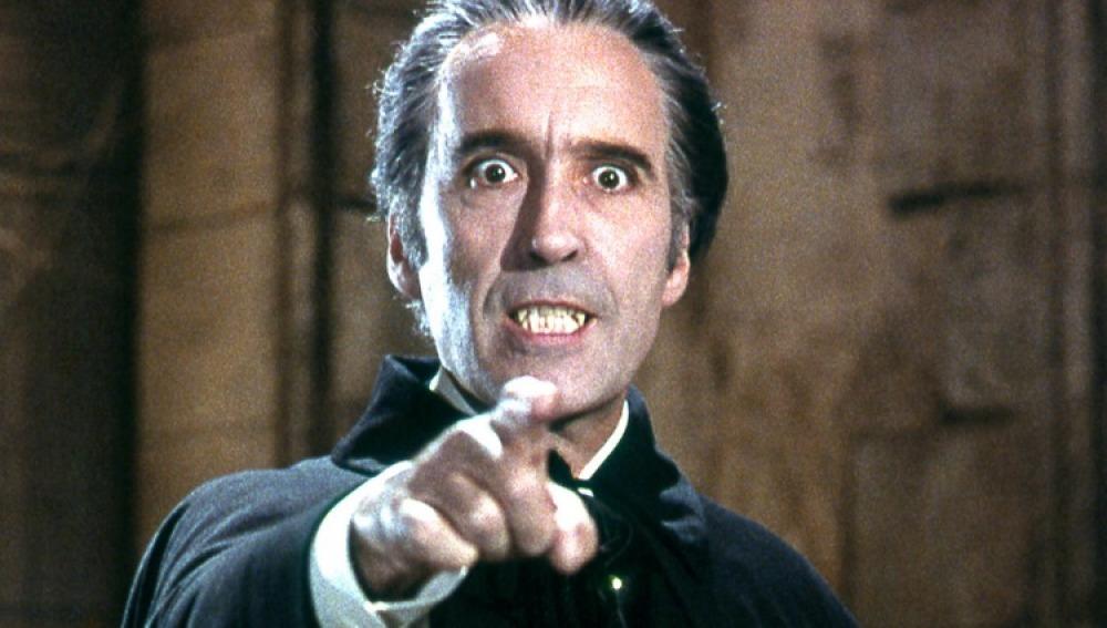 Chistorpher Lee como Dracula en la version de 1958