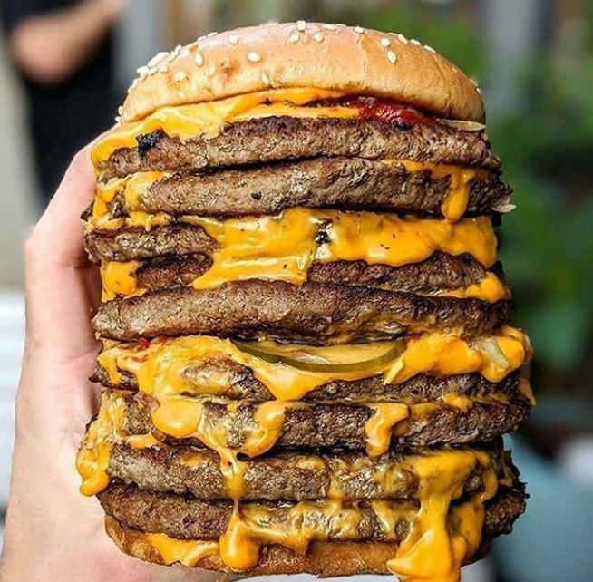 La hamburguesa de comida rápida puede tener sustancias para que sea un alimento sumamente adictivo