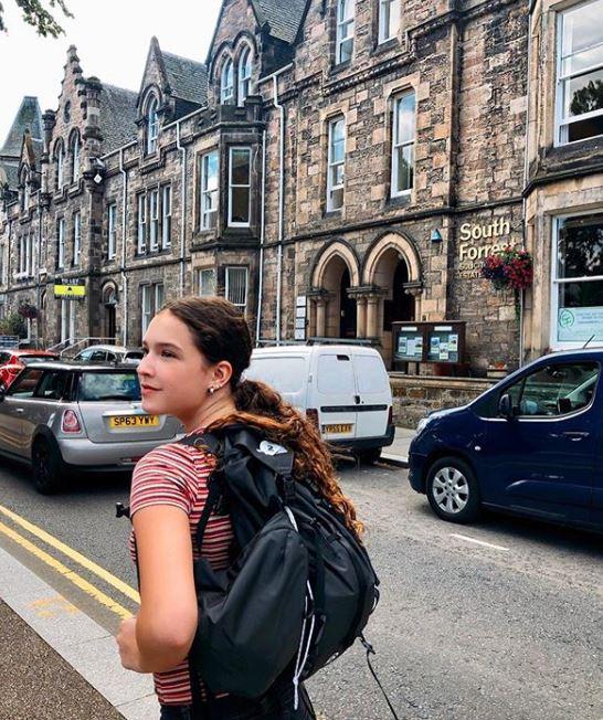 Mia hija de Andrea Legarreta y Erik Rubin compartió su viaje a Escocia