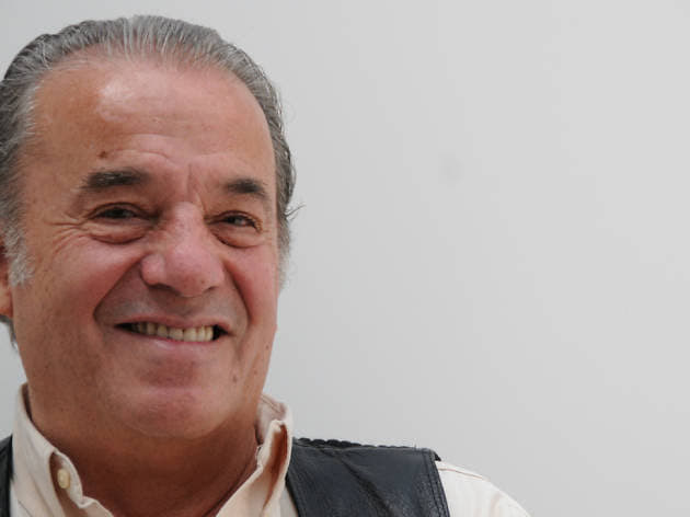 Un grande de la música popular mexicana, Oscar Chávez, dio su último suspiro este 30 de abril del 2020, a causa de afectaciones ligadas al Coronavirus.