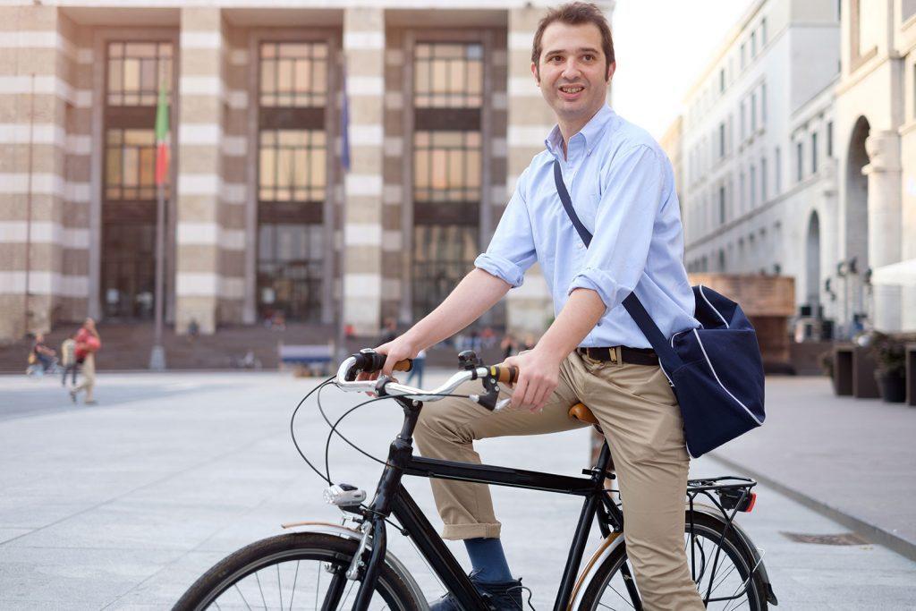 La bicicleta el vehículo perfecto en la ciudad y es ecofriendly