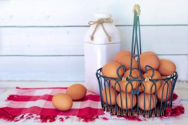 El huevo es otro de los alimentos ricos en vitamina D