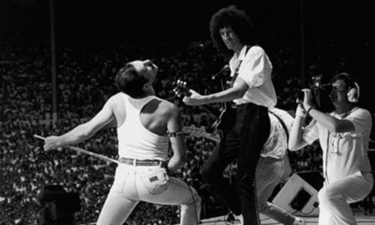 Brian May y Freddie Mercury