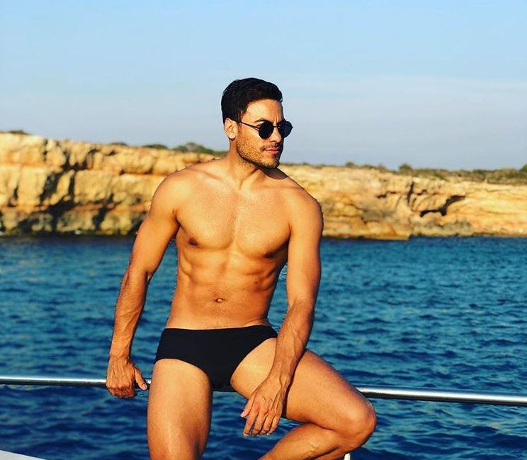 Carlos Rivera en sus vacaciones