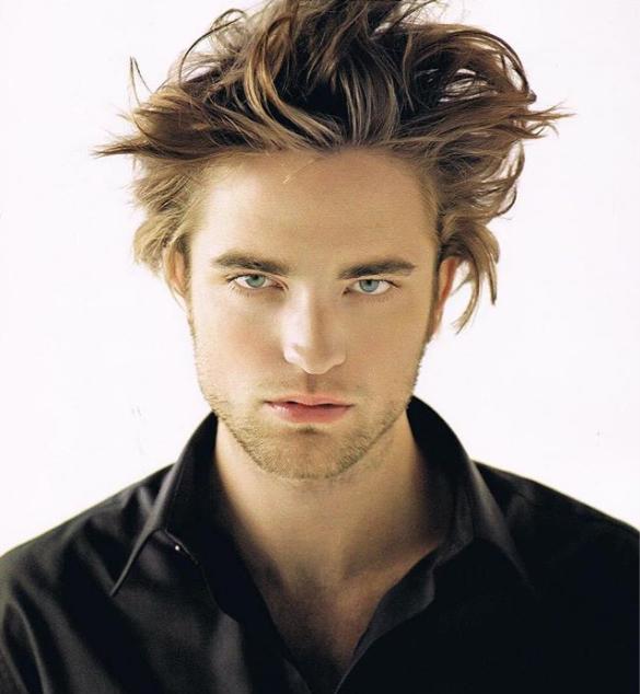 Robert Pattinson sexy