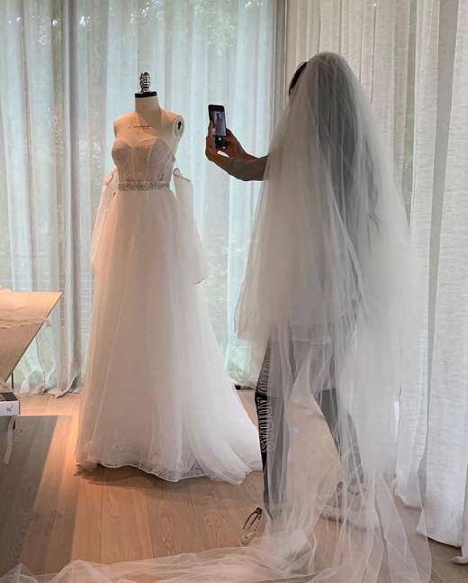 Vera Wang es diseñadora de vestidos de novia y ha vestido a varias celebridades de hollywood