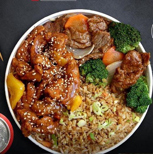 Si a tu mamá le gusta la comida china, puedes celebrar con ella este 10 de mayo con un menú muy especial