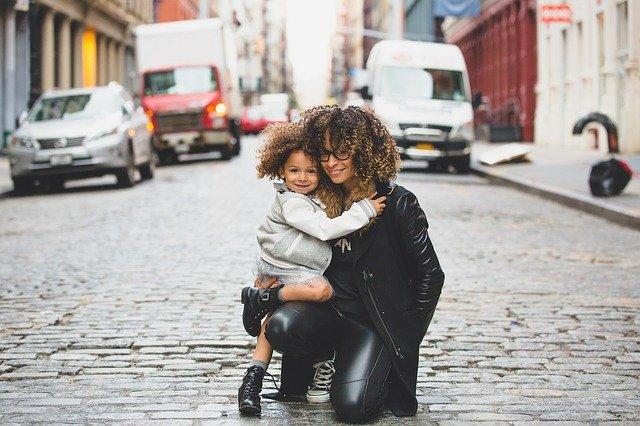 Poemas para dedicarle a las mamás este Día de las madres