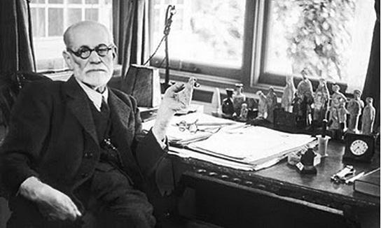 Teorías Sigmund Freud controversiales pensamiento