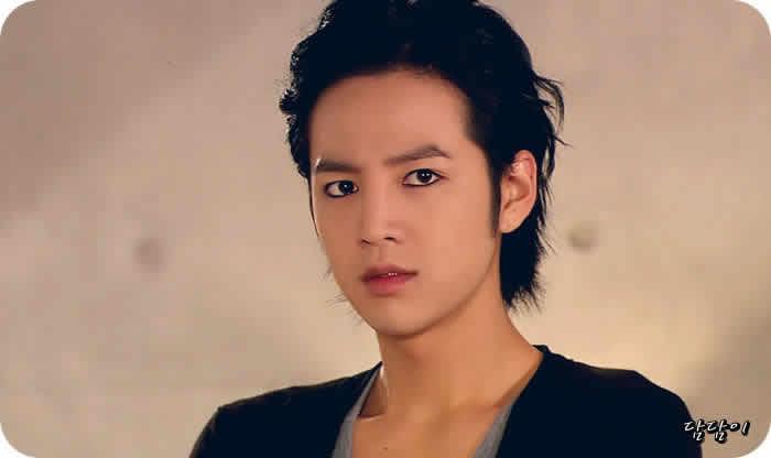 Actores-coreanos-mas-guapos-2020-2021