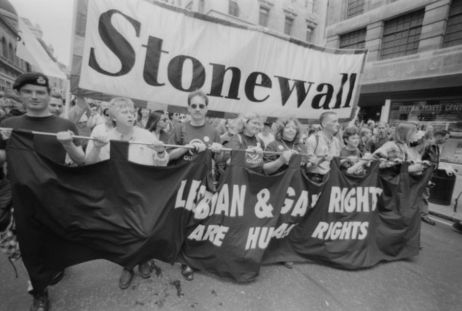 historia movimiento lgbt disturbios stonewall