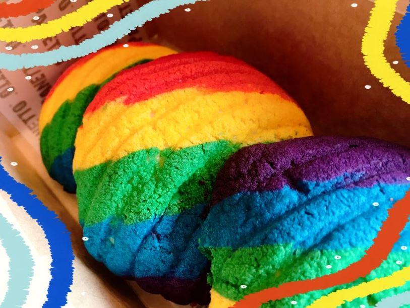 Postres coloridos para celebrar el mes del Orgullo