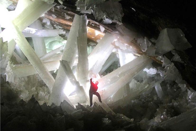 Cueva Cristales gigantes mina selenita