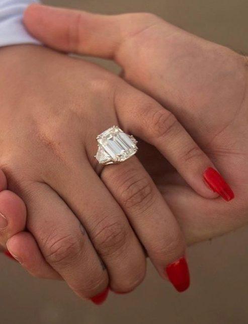 Demi Lovato compromiso anillo boda