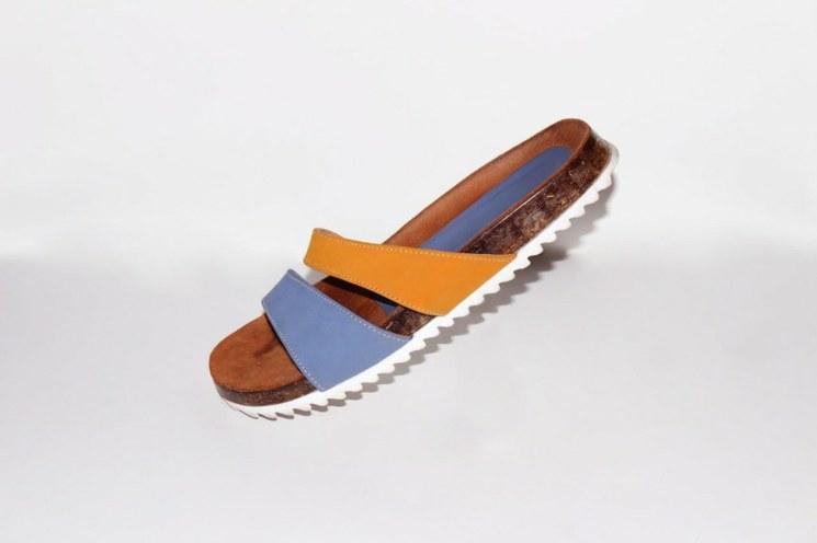 sandalias ecológicas hechas de sargazo y materiales reciclados