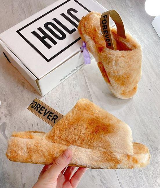 Sandalias puffy: coloridas, suaves y esponjosas ¡son irresistibles!