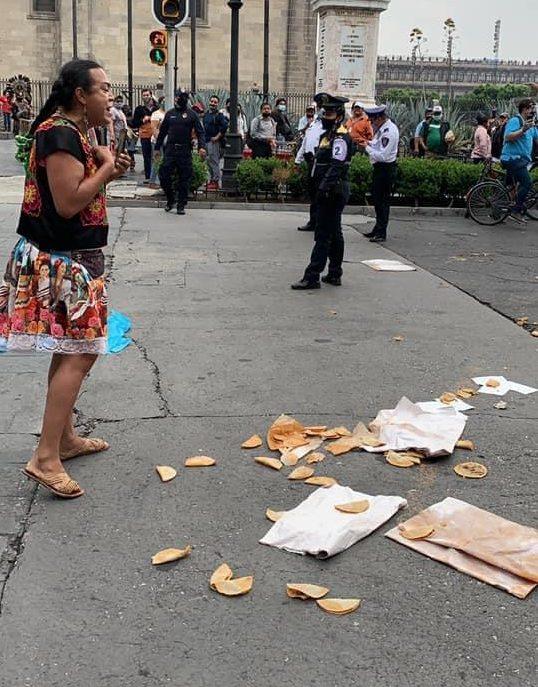 Lady Tacos de Canasta policía decomisan mercancía