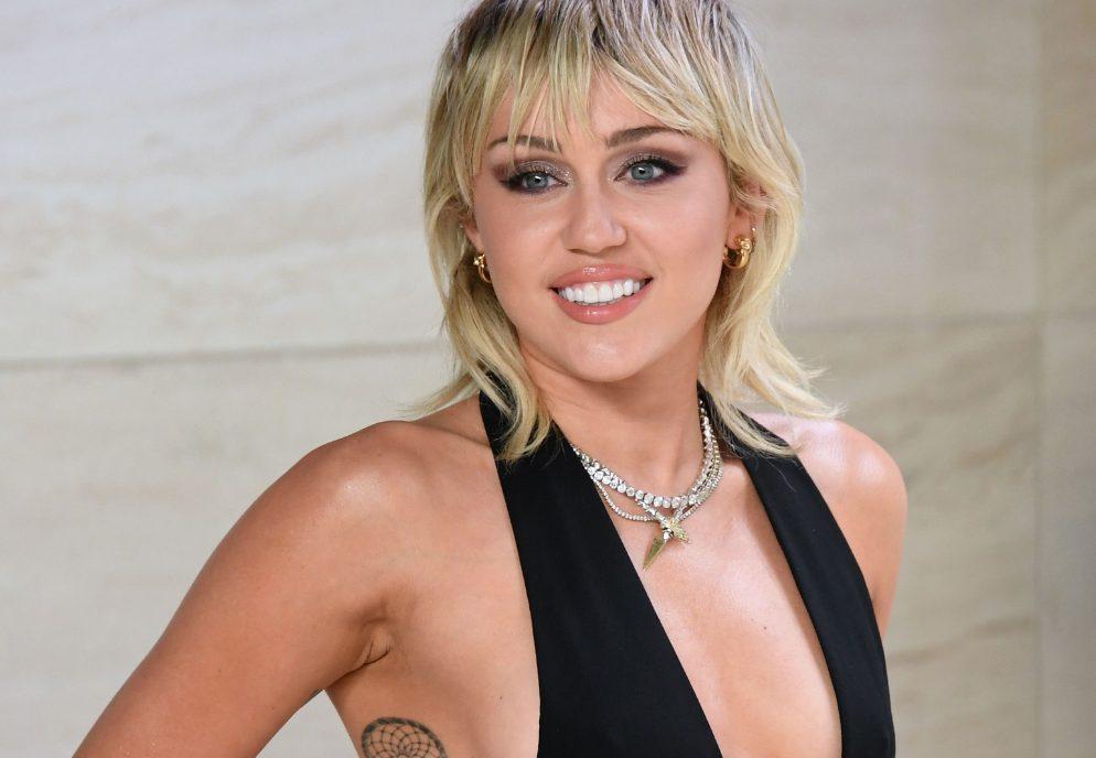 Midnight Sky letra traducción Miley cyrus