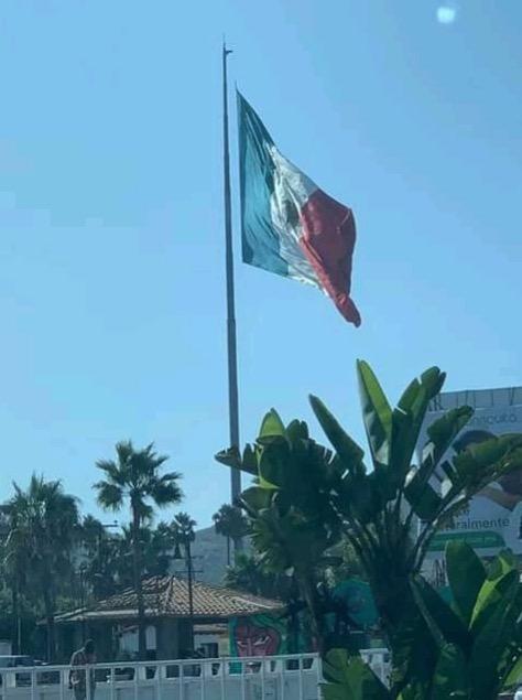 Lana del Rey vacaciones México Baja California