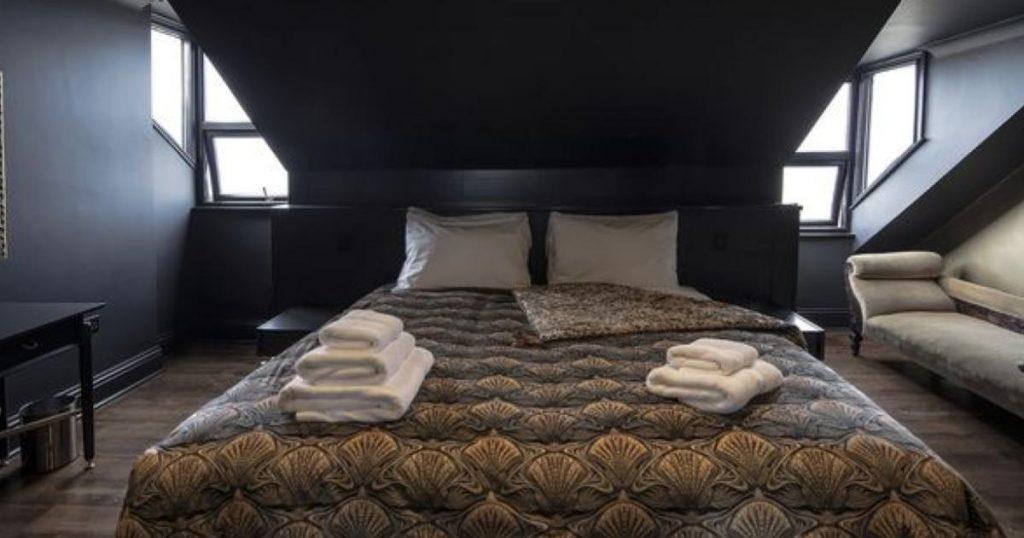 Hotel-Albion-Roms-The-Libertines-4