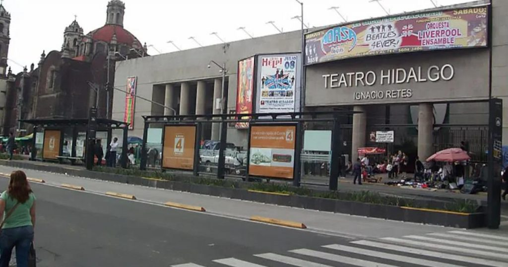 Metrobús-Estaciones-cerradas-manifestantes-FRENAAA-2