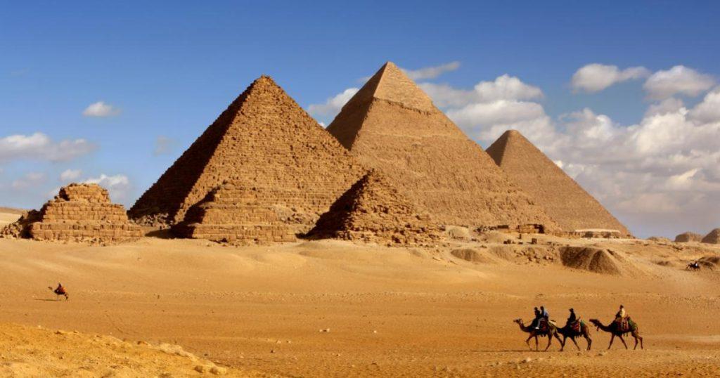 Pirámides-de-Gizah-Egipto