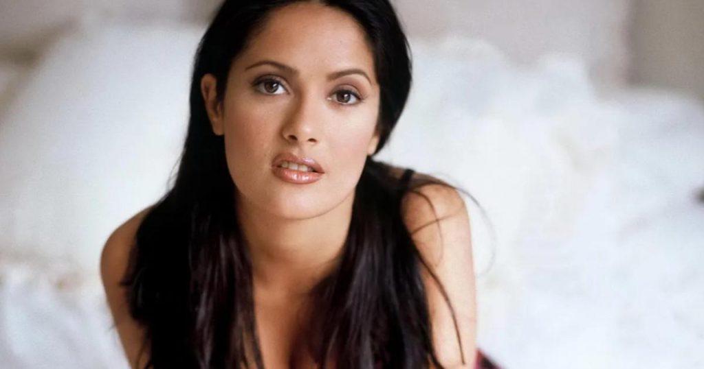 Salma-hayek-fotos-bikini-20-años después