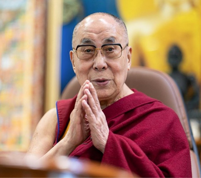 Eugenio Derbez entrevista Dalai Lama