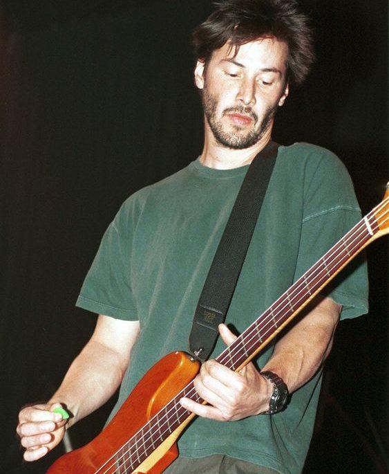 Keanu Reeves músico