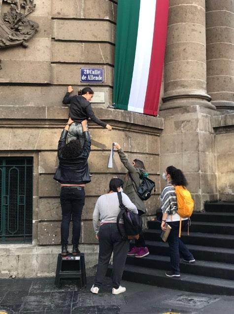 cambian nombres calles CDMX Ayotzinapa desaparecidos 43