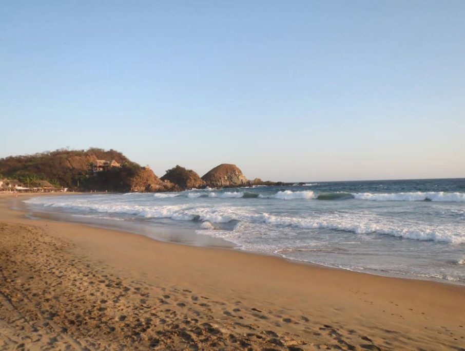Dónde están playas hoteles nudistas México