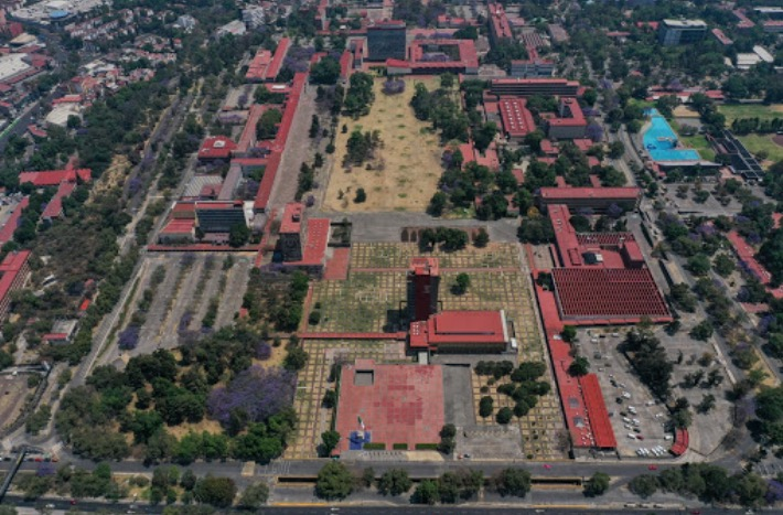 UNAM cumple años