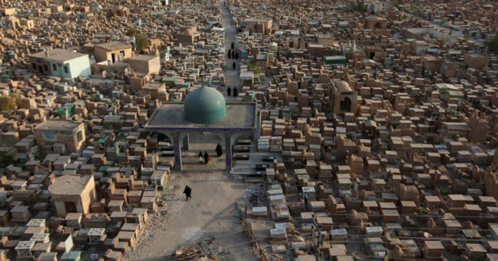 Cementerios-que-vale-la-pena-conocer-La-Ciudad-de-los-Muertos