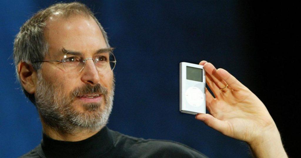 Jobs-con-la-primera-generación-del-iPod