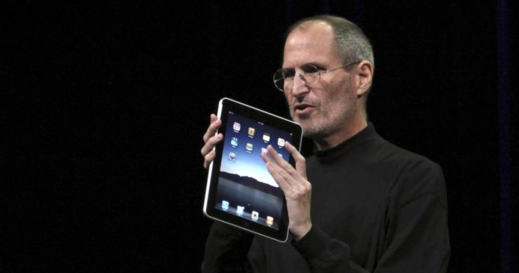 Steve-Jobs-y-la-primera-iPad