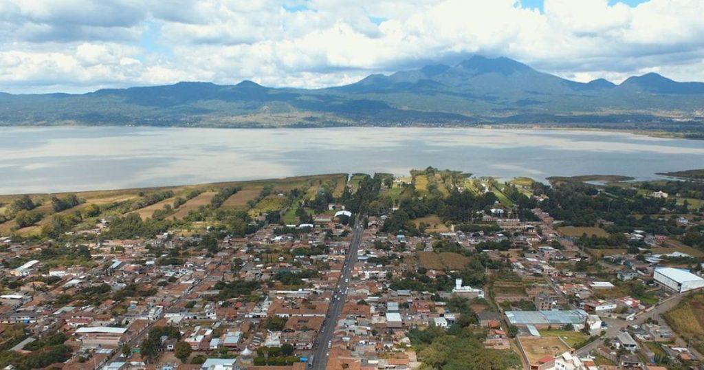 Tzintzuntzan-Lago-Pátzcuaro-Michoacán