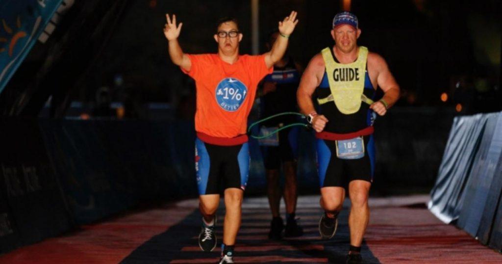 Chris Nikic-Primer-triatleta-Síndrome-de Down-Ironman-4