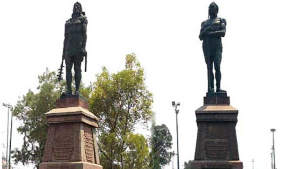 Estatuas-Indios-Verdes-Parque-del-Mestizaje