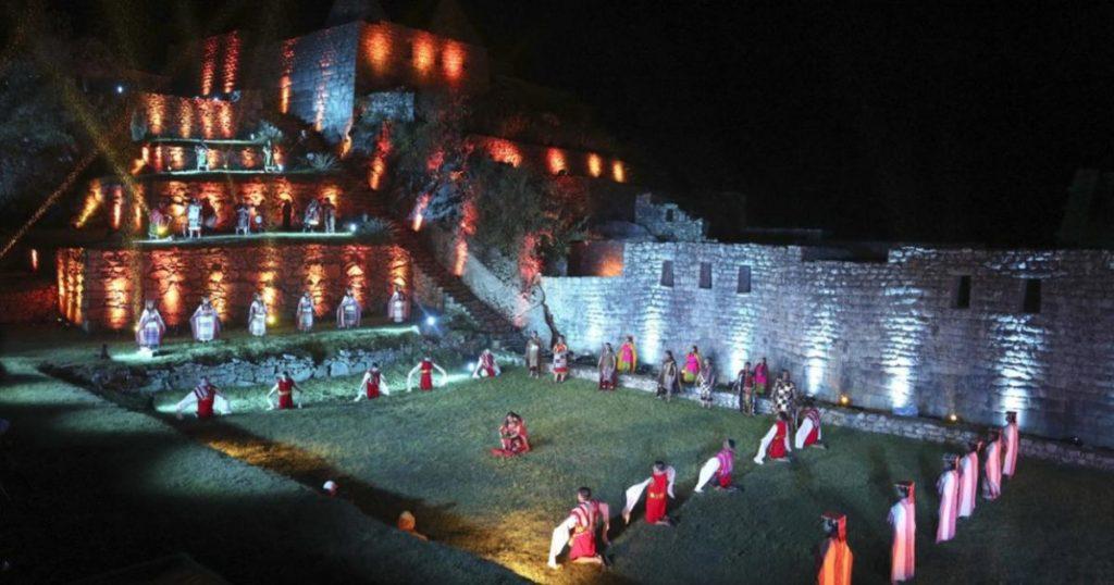 Reabrió-Machu-Picchu-Perú-espectáculo-luces