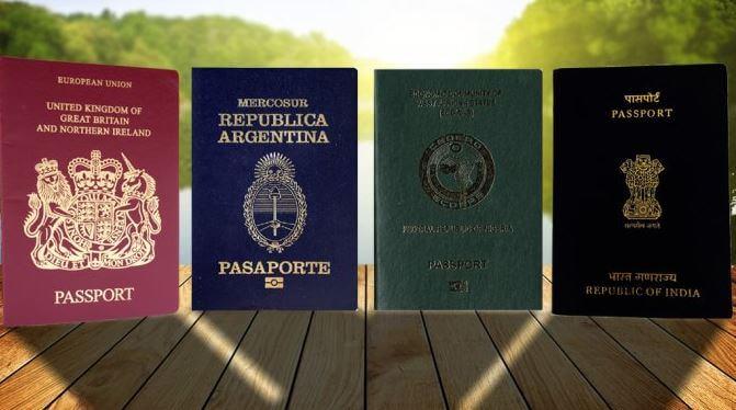 Sabes cuál es el significado del color de los pasaportes
