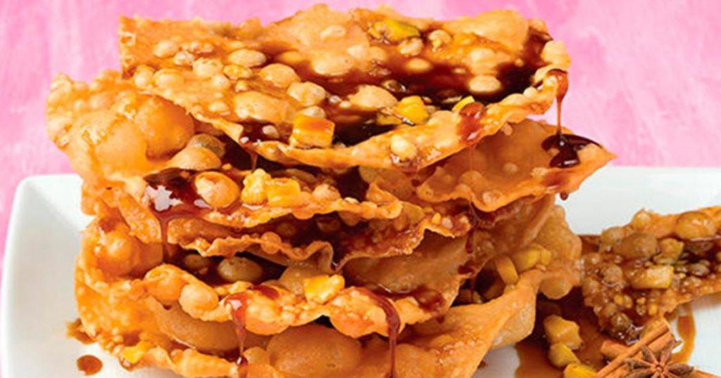 Bunuelos-con-miel-de-piloncillo-guayaba-1