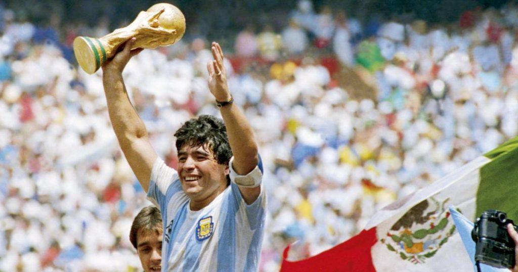 Famosos-muertos-2020-Noviembre-Maradona