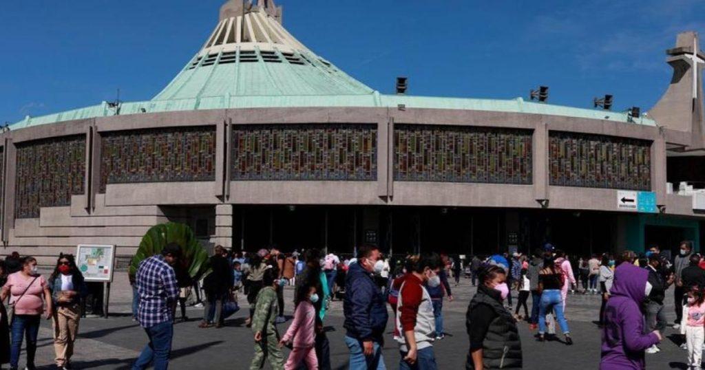 Peregrinos-golpearon-personal-Proteccion-Civil-Basilica-de-Guadalupe-4