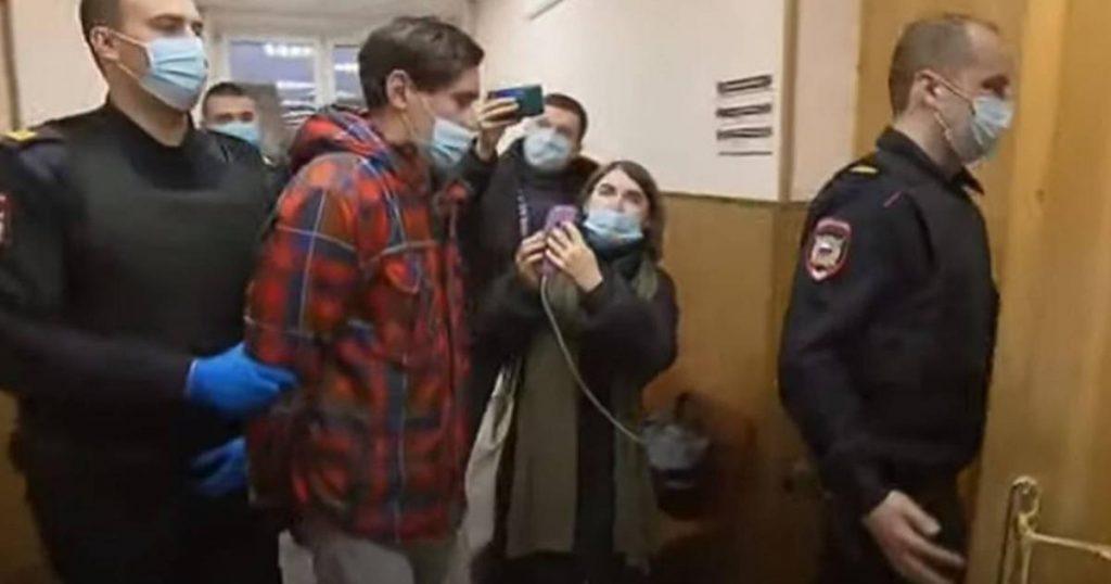 Stas-Reeflay-y-detenidooutuber-ruso-graba-transmite-muerte-novia