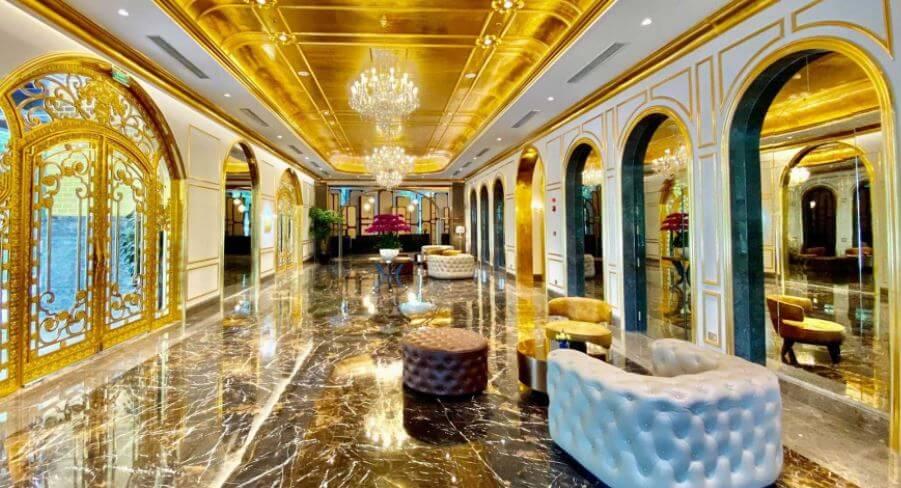 La piscina más lujosa del mundo ¡está hecha de oro!