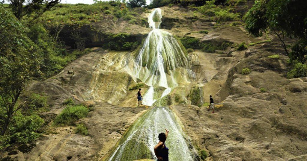 Cascada-de-la-novia-Peru