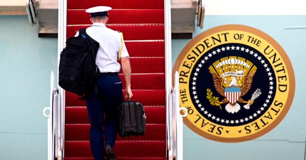 Donald-Trump-balon-nuclear-transferencia-Presidente-Joe-Biden-2