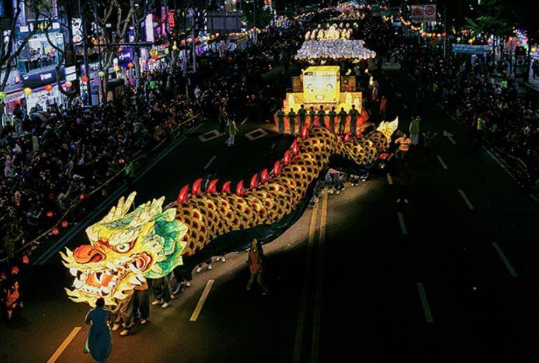 Conoce el Festival de los Faroles de Loto en Seúl