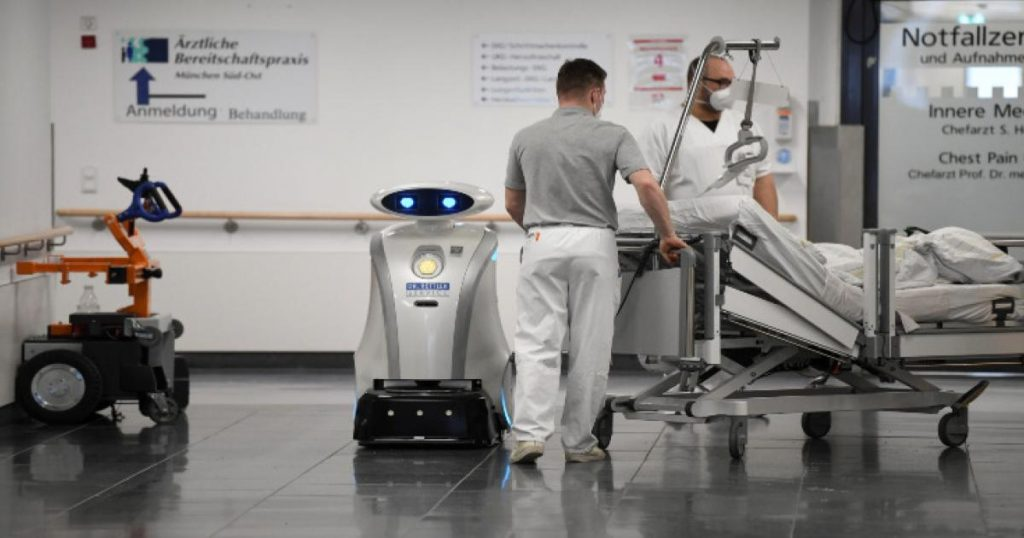Franziska-robot-ayudante-hospital-Munich-Alemania-2